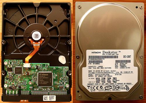 Disco duro Hitachi con chip Infineon