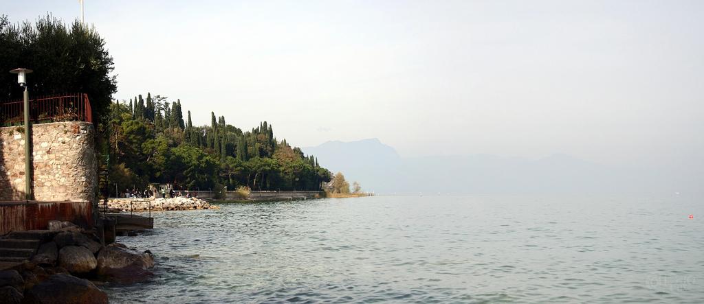 Sirmione - Lago por el Este