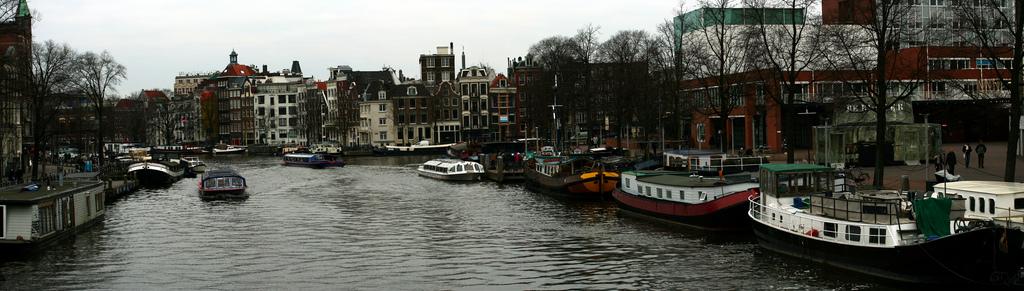 Amsterdam - Casas flotantes desde el Blauwbrug