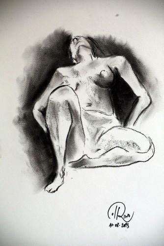"""Título: """"Acostada I"""" Técnica: carboncillo sobre papel Medidas: 29.7 cm x 42 cm Fecha: 08/2013"""