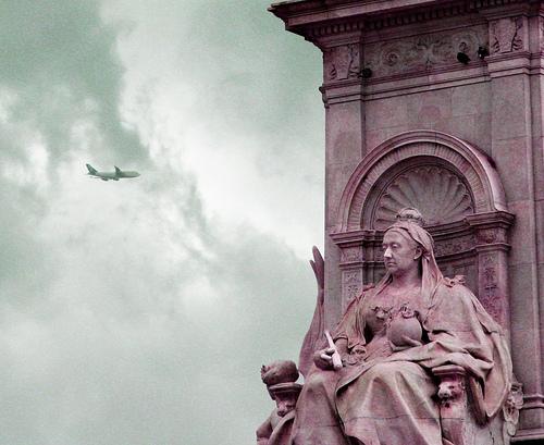 London - Isabel y avión