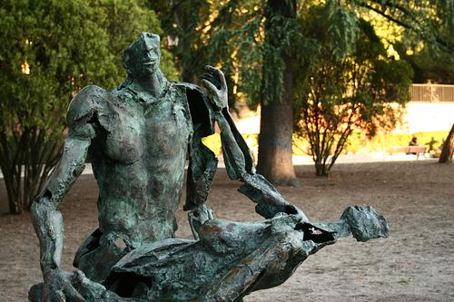 Madrid - Estatua de pareja