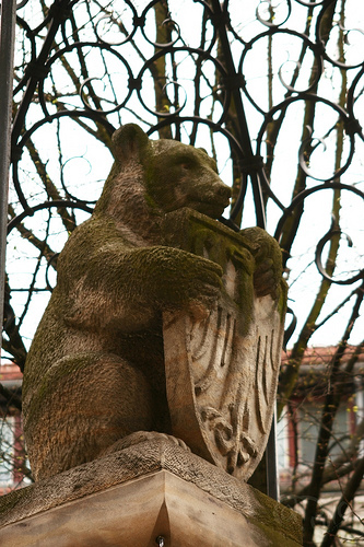 Berlín - Oso en el Nikolaiviertel