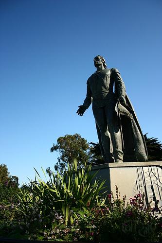 San Francisco - Colón versión comunista-torero