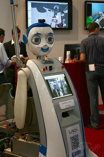 Automatica 2012 - Roboguía
